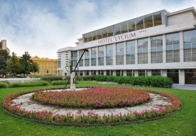 Elismerések a VI. Debreceni Adó- és Vámkonferencián